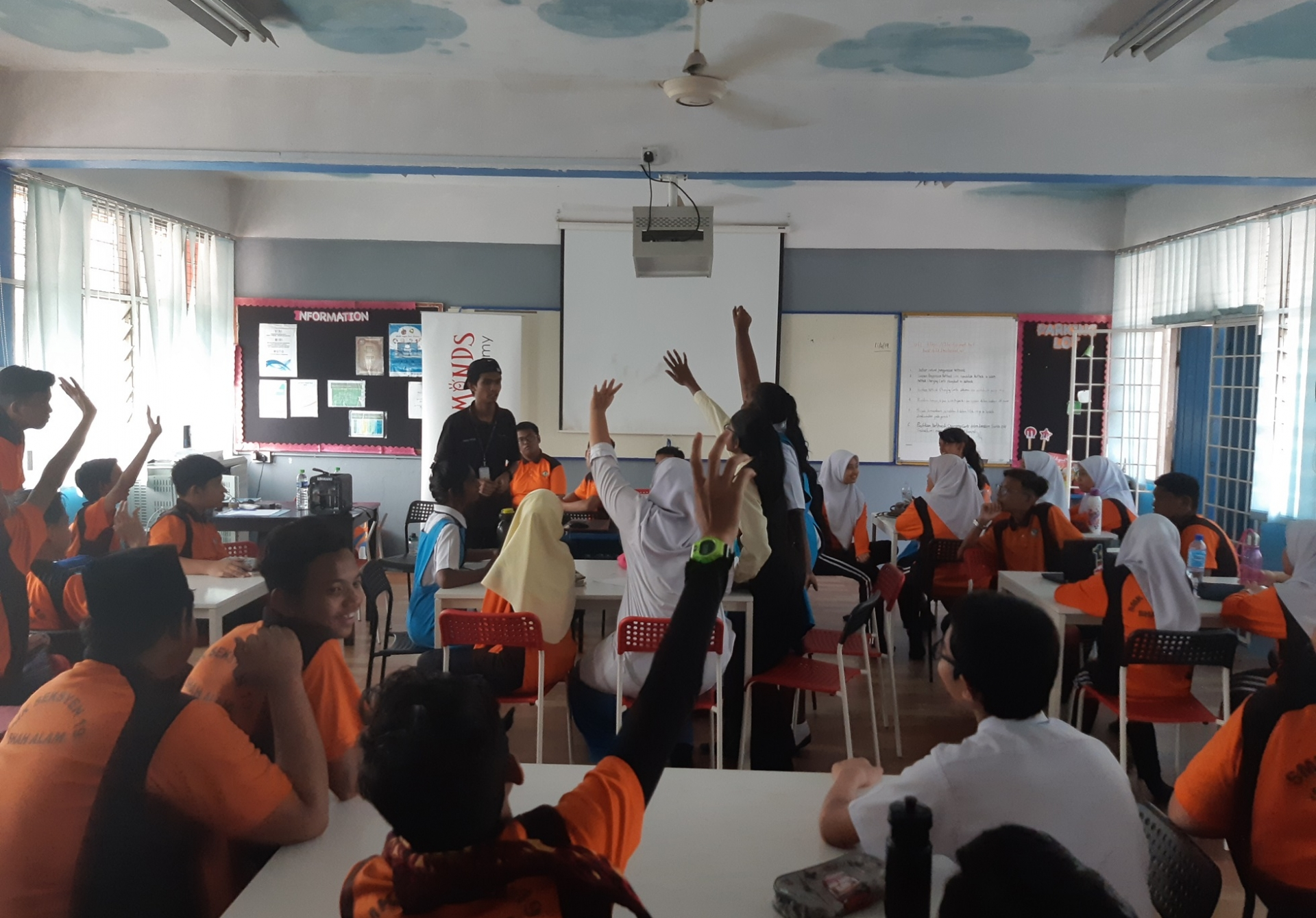 STEM Workshop at SMK Seksyen 18 Shah Alam